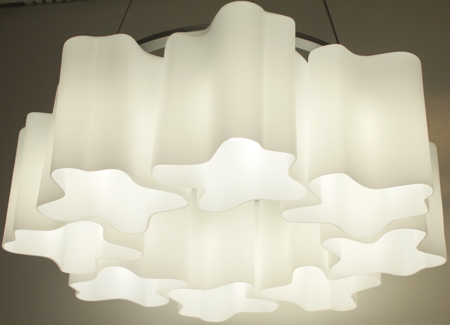 Nwenna Pendent Light